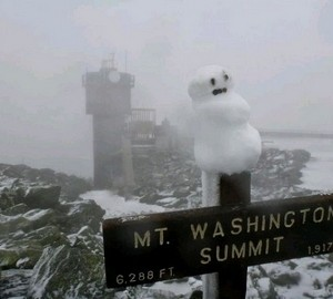 mount washington summit snowman